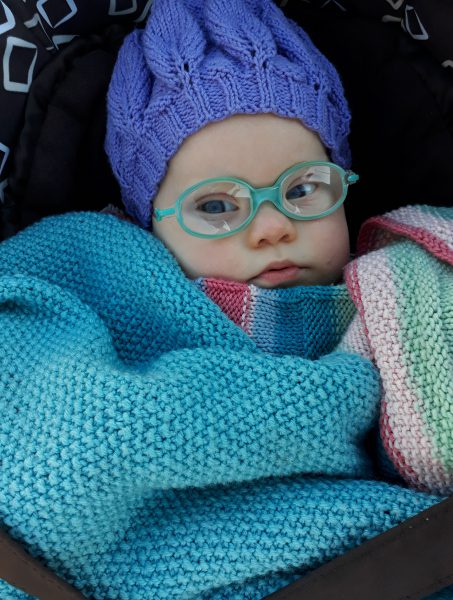 Baby in Decken